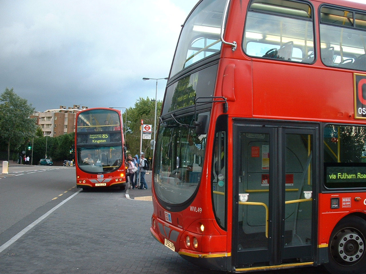 London general showbus london photo gallery for 85 bus timetable