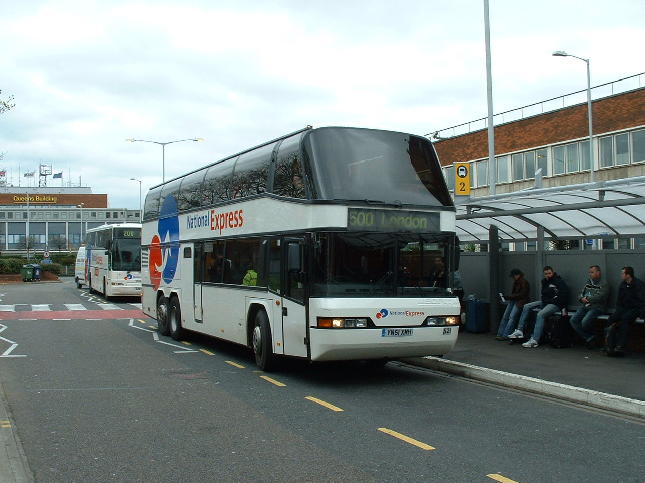 National express coaches coach rail bus travel throughout the autos weblog - National express head office number ...