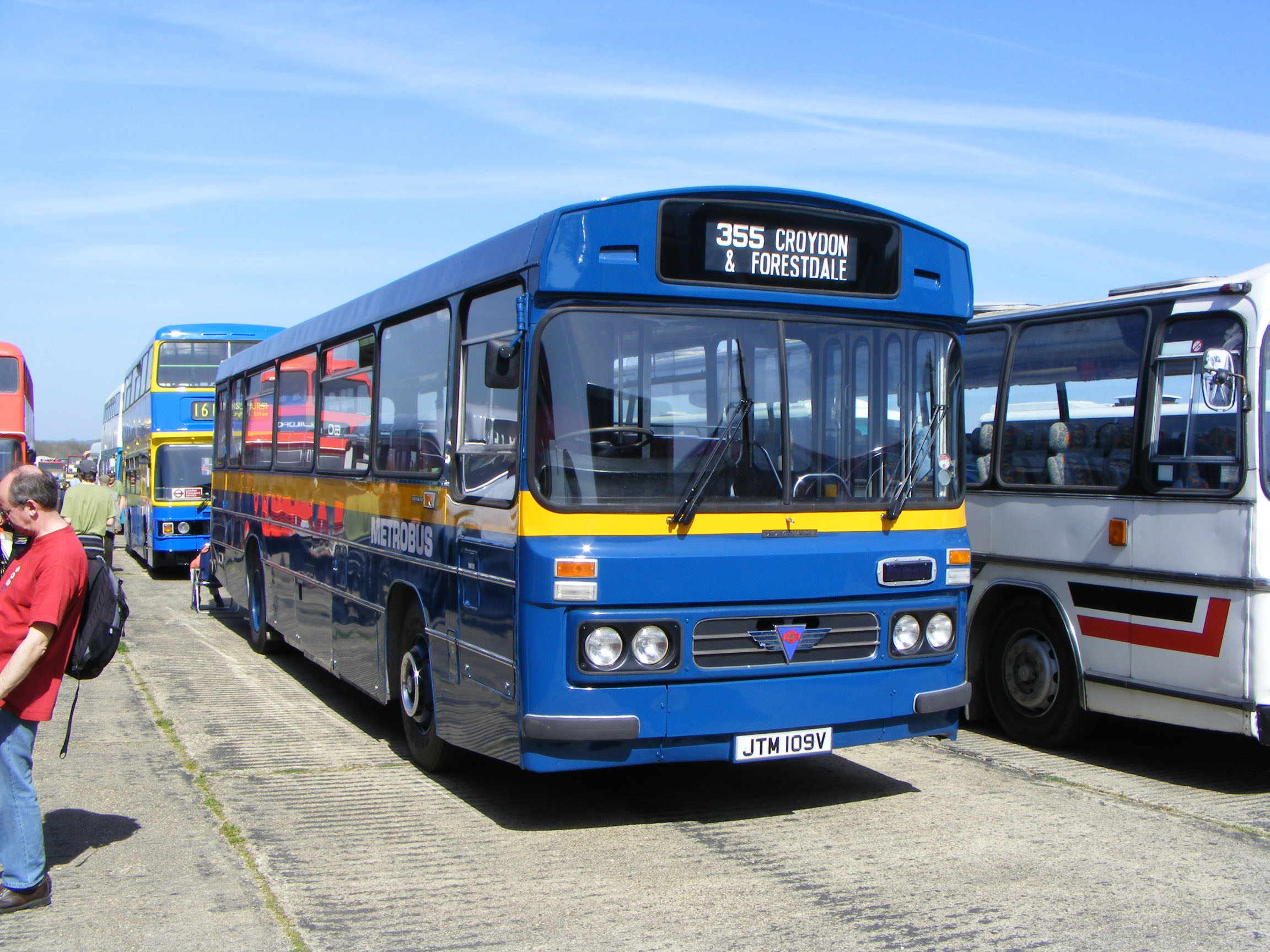 Metrobus AEC Reliance Duple Dominant JTM109V