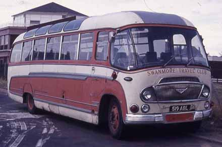Red Range Rover >> The SHOWBUS Bus Builders Directory - Duple